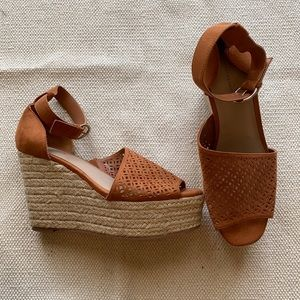 14th & Union Espadrille Wedge Theryn Perforated